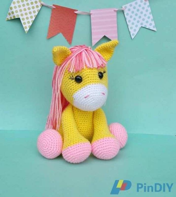 Amigurumi Knitting Amigurumi Unicorn – Head, Cheek Making ... | 800x714